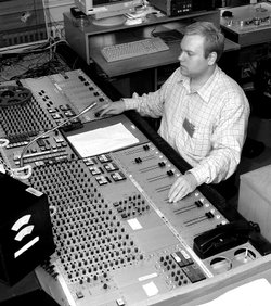rsz_engineer_at_audio_console_at_danish_broadcasting_corporation